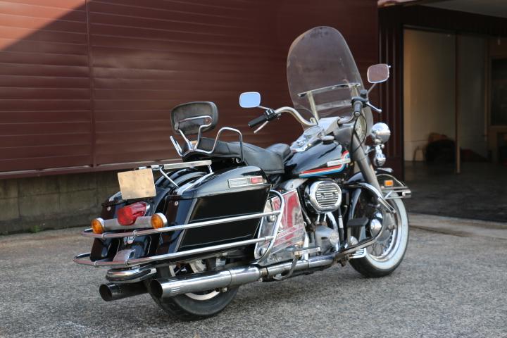 山口県下関市のCRAIZE MOTORCYCLE (クレイズモーターサイクル) のハーレー(Harley-Davidson)販売モデル1975年FLHイメージ03