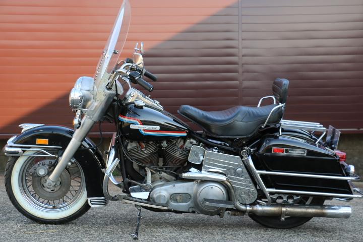 山口県下関市のCRAIZE MOTORCYCLE (クレイズモーターサイクル) のハーレー(Harley-Davidson)販売モデル1975年FLHイメージ05