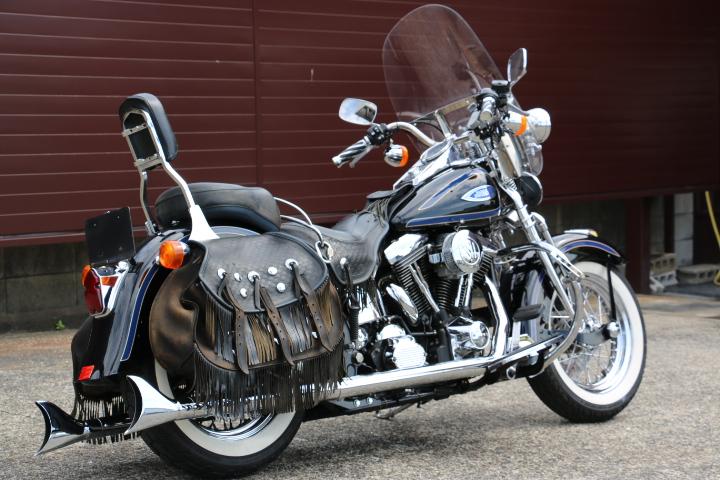 山口県下関市のCRAIZE MOTORCYCLE (クレイズモーターサイクル) のハーレー(Harley-Davidson)販売モデル1998年FLSTSイメージ03