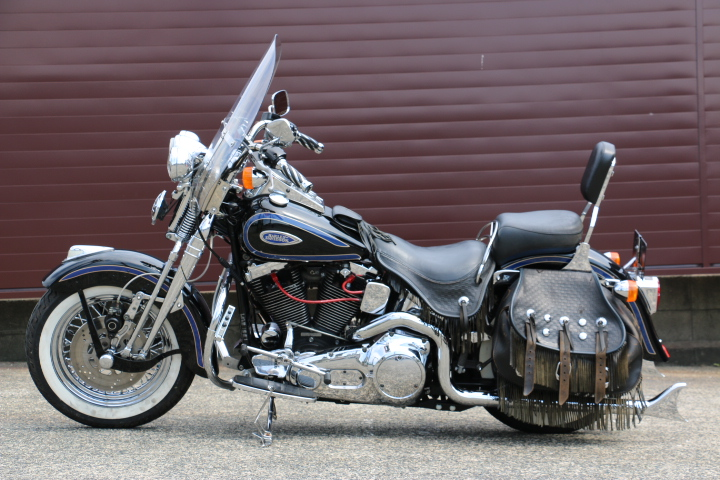 山口県下関市のCRAIZE MOTORCYCLE (クレイズモーターサイクル) のハーレー(Harley-Davidson)販売モデル1998年FLSTSイメージ05