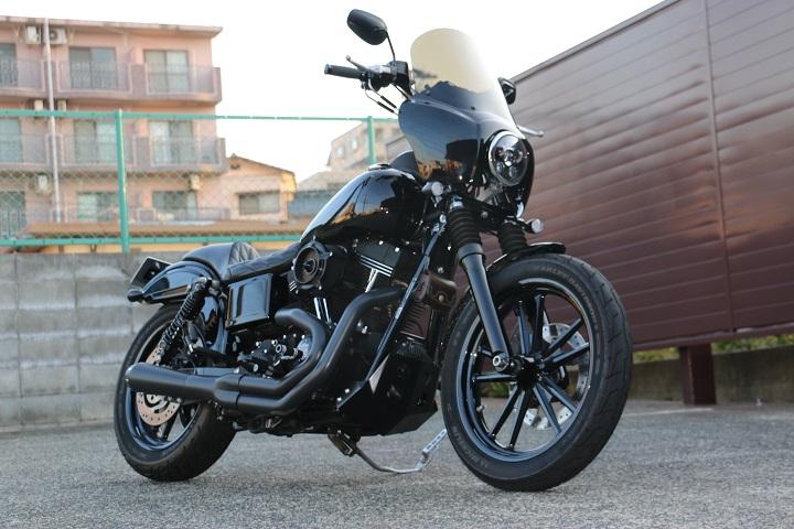 山口県下関市のCRAIZE MOTORCYCLE (クレイズモーターサイクル) のハーレー(Harley-Davidson)カスタム2013年式FXDBイメージ03