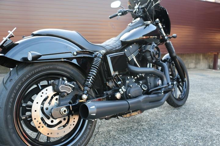 山口県下関市のCRAIZE MOTORCYCLE (クレイズモーターサイクル) のハーレー(Harley-Davidson)カスタム2013年式FXDBイメージ07