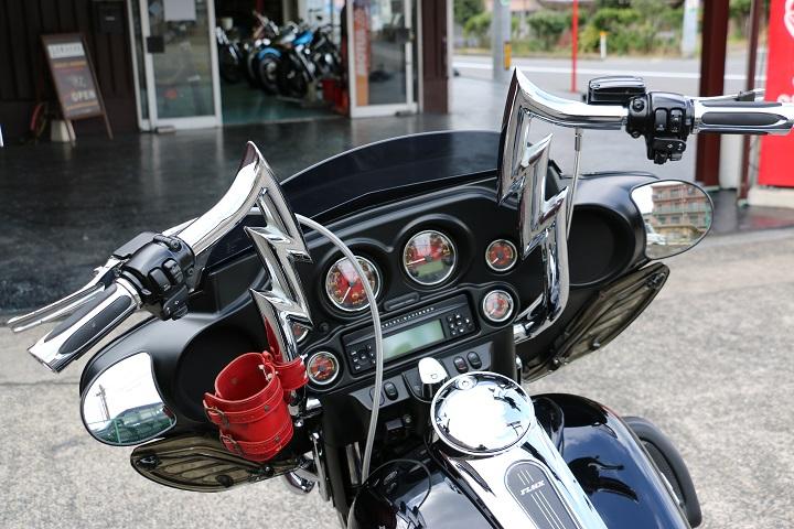 山口県下関市のCRAIZE MOTORCYCLE (クレイズモーターサイクル) のハーレー(Harley-Davidson)カスタム2012年式FLHXイメージ04