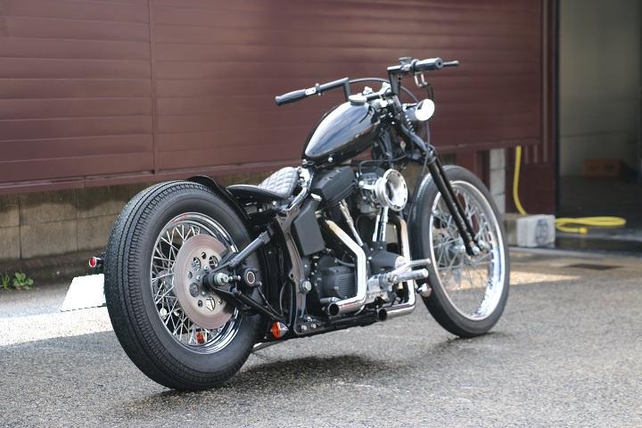 山口県下関市のCRAIZE MOTORCYCLE (クレイズモーターサイクル) のハーレー(Harley-Davidson)カスタム1998年式FXSTBイメージ03