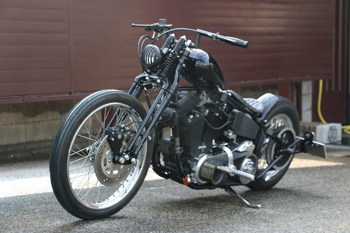 山口県下関市のCRAIZE MOTORCYCLE (クレイズモーターサイクル) のハーレー(Harley-Davidson)カスタム1998年式FXSTBイメージ08