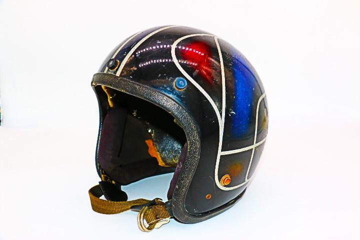 山口県下関市のCRAIZE MOTORCYCLE (クレイズモーターサイクル) のハーレー(Harley-Davidson)やバイク(単車)関連商品ヴィンテージヘルメット00